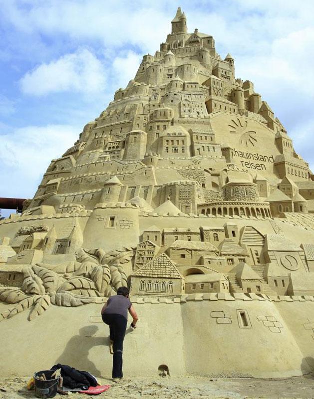 Najveća kula od pijeska na svijetu (Foto:TANJUG/AP)