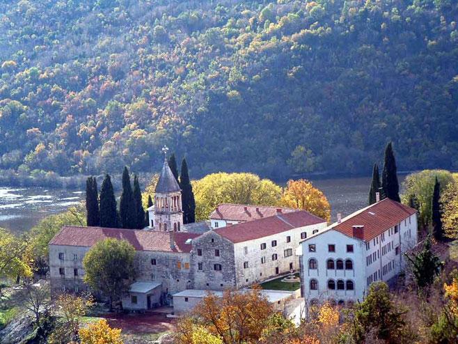 Манастир Крка (Фото: eparhija-dalmatinska.hr) -