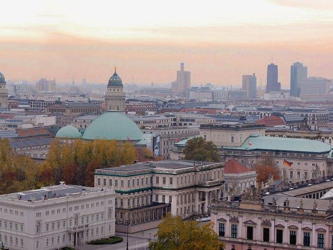 Берлин -