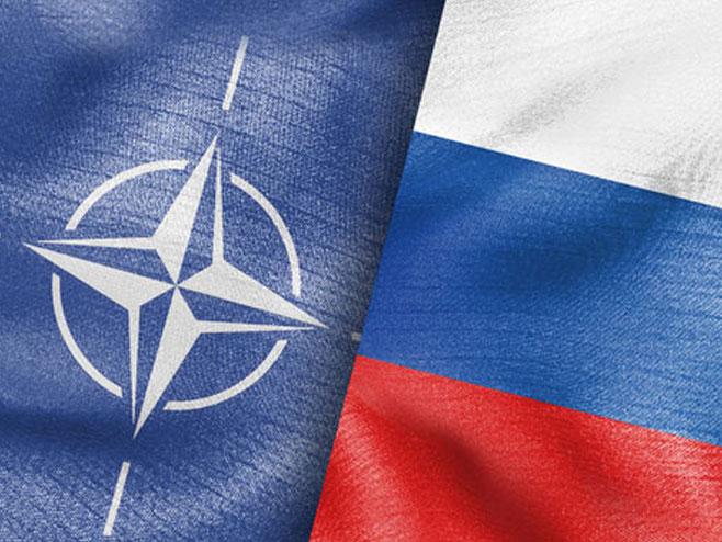 Nato i Rusija (ilustracija) -