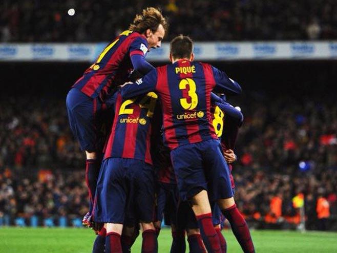 Radost fudbalera Barselone u utakmici sa Realom (FOTO: Twitter) -