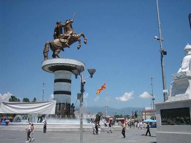 Spomenik Aleksandru Makedonskom U Skoplju Posvađao Susjede