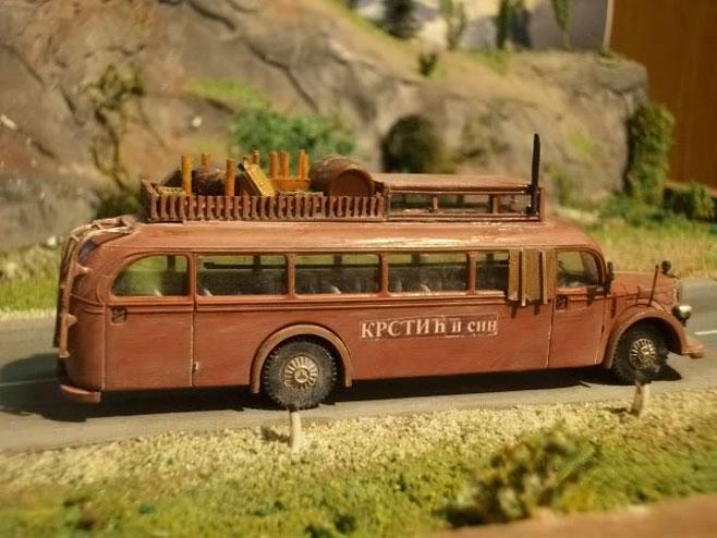 """Аутобус из филма """"Ко то тамо пева"""" - Фото: илустрација"""