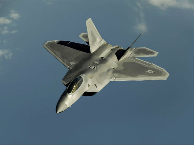 F-22 Raptor (photo: http://sr.wikipedia.org) -