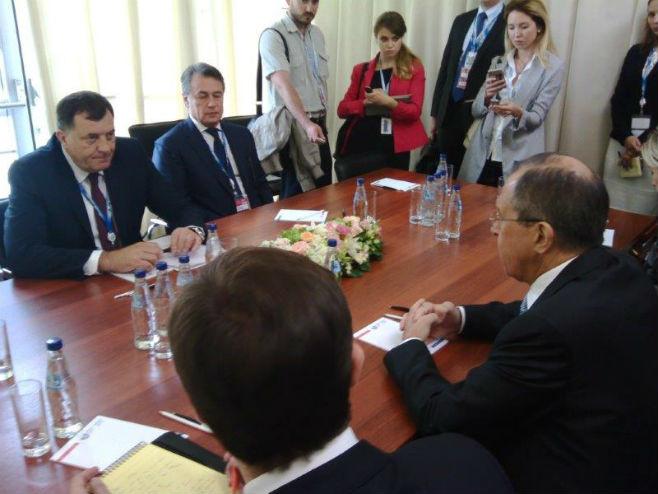 Sastanak Dodika i Lavrova u Sankt Peterburgu (Foto: RTRS)