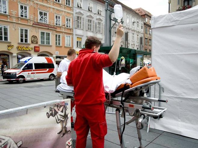 Грац - хитна помоћ на мјесту несреће