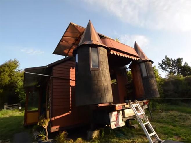 Kamion pretvoren u dvorac iz fantazije (foto: YouTube/Screenshoot) -