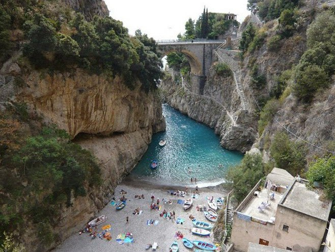 Selo Furore u Italiji (Foto: expedia.com.sg) -