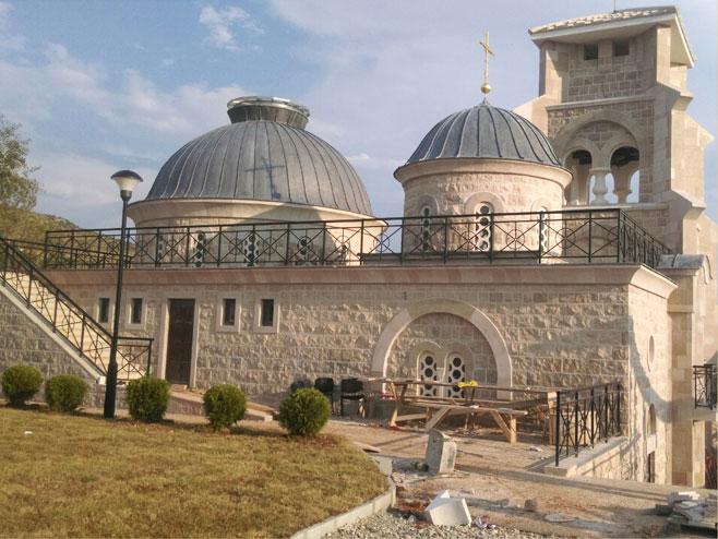 Hram Hristovog Vaskrsenja u Prebilovcima (foto: Marko Đerić) -