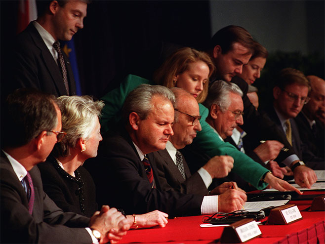 Potpisivanje Dejtonskog sporazuma - Foto: arhiv