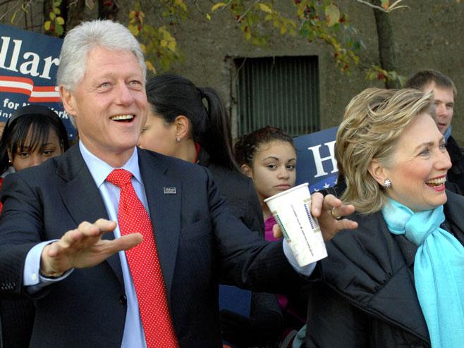 Bil i Hilari Klinton - Foto: AP