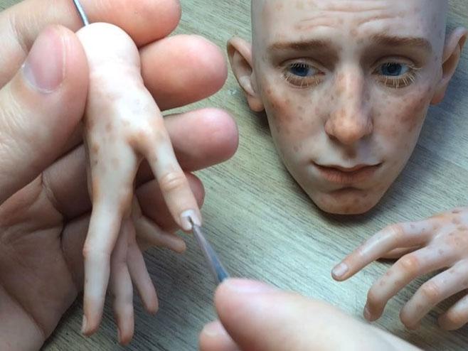 Ruski umjetnik pravi nevjerovatno realistične lutke /FOTO:Instagram/