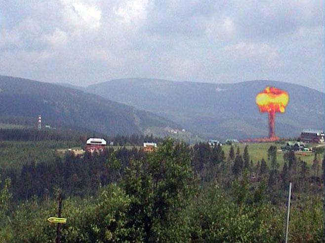 Фиктивна нуклеарна експлозија (Фото: Aktuálně.cz)
