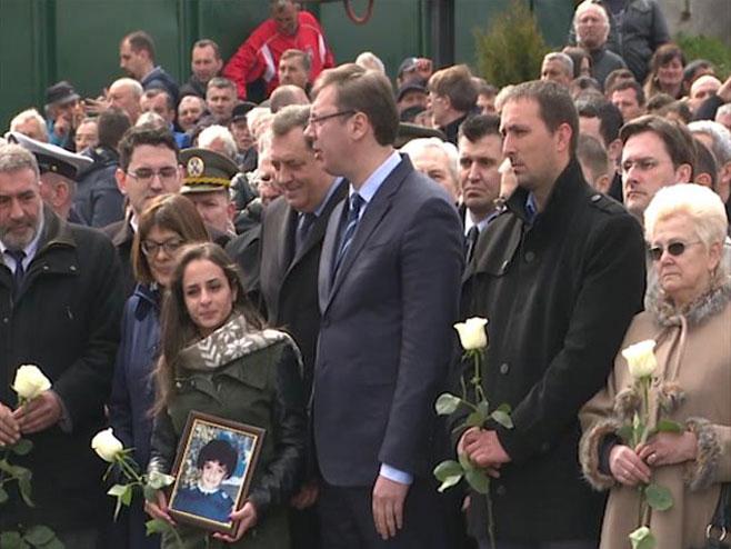 Додик и Вучић у Варварину (фото: Танјуг)