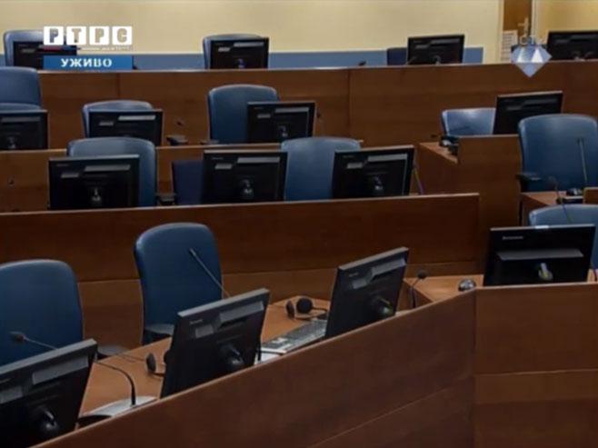 Шешељ не присуствује изрицању пресуде (фото: РТРС)