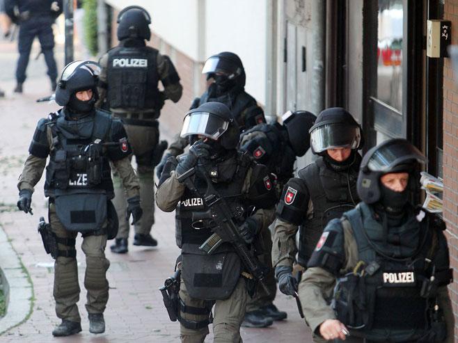 Њемачка полиција (Фото: epa/Ingo Wagner) -