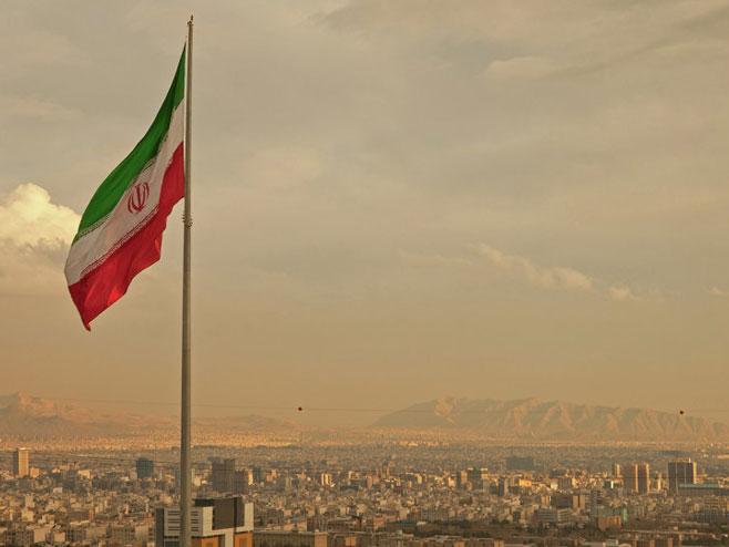 Техеран, Иран (Фото: Fotolia/Borna_Mir) -