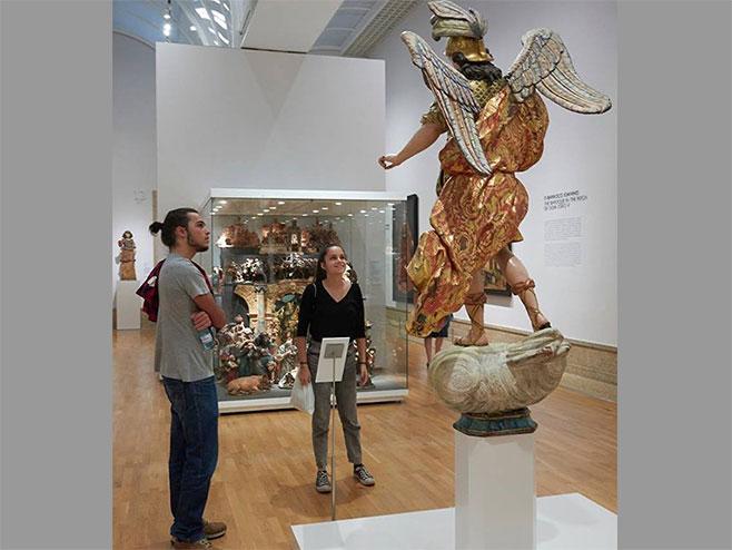 Skulptura Svetog Arhangela Mihaila (foto:Facebook com)