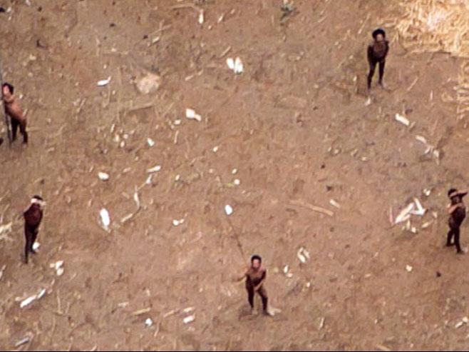 Amazonsko pleme (FOTO:kliks.ba)