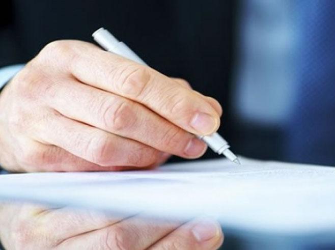 Потписивање - Фото: илустрација