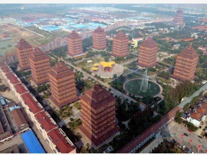 Huaksi: Najbogatije selo u Kini iz kojeg je zabranjeno otići (VIDEO)