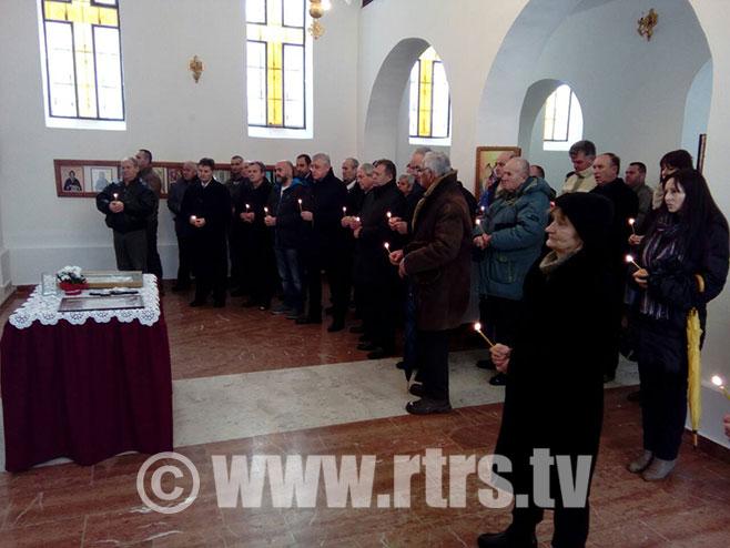 Парастос за Србе убијене у Кравици (Архив) - Фото: РТРС