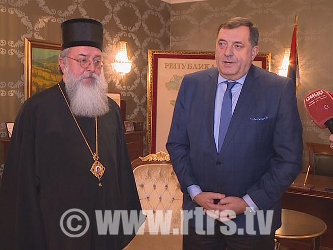 Предсједник Српске Милорад Додик и владика Лонгин