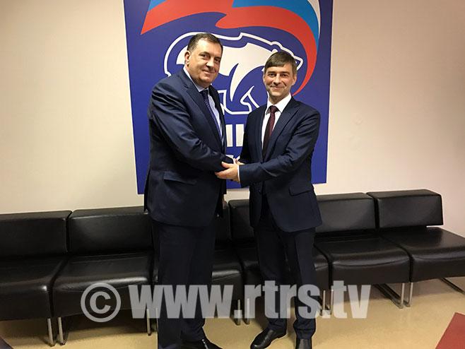 Додик и Сергеј Железњак - Фото: РТРС