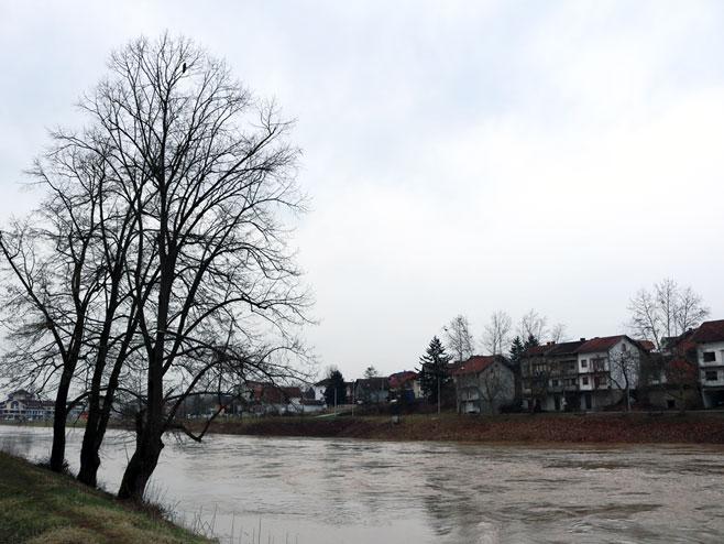 Vodostaj rijeke Ukrine na području Dervente opada (Foto: SRNA)