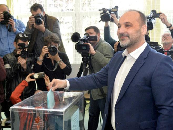 Srbija - glasanje: Saša Јanković