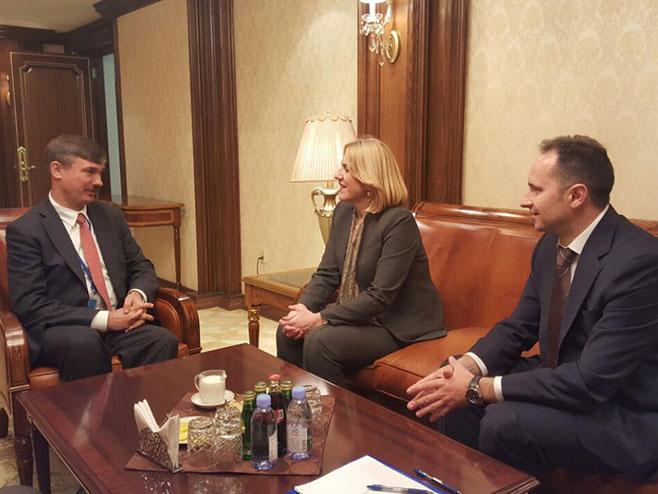 Цвијановић са руским представником УН
