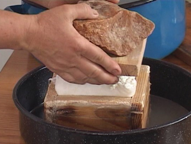 Дервента - брендирање сира - Фото: РТРС