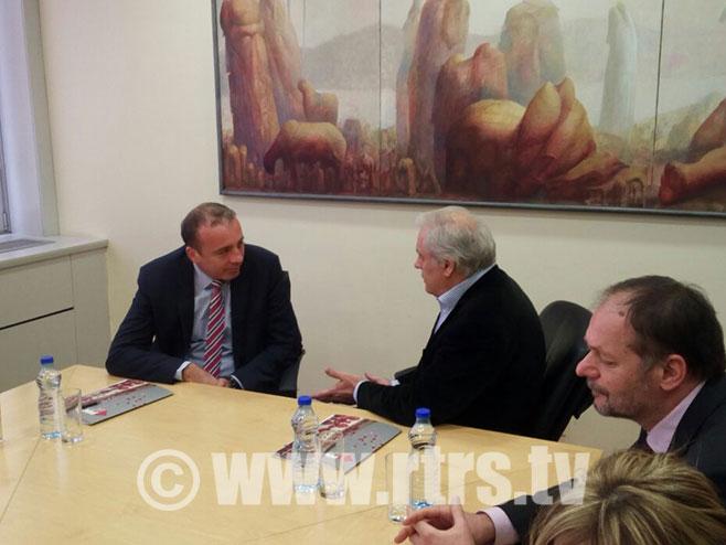 Потписан уговор између РТРС и РТС у Београду
