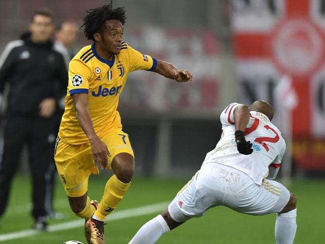 ЛШ: Олимпијакос - Јувентус (фото: UEFA)