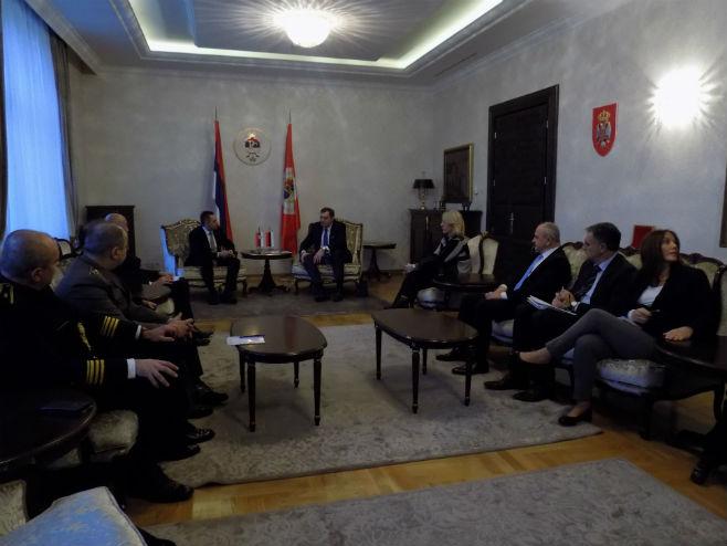 Delegacija Ministarstva odbrane Srbije kod predsjednika Srpske (Foto: SRNA)