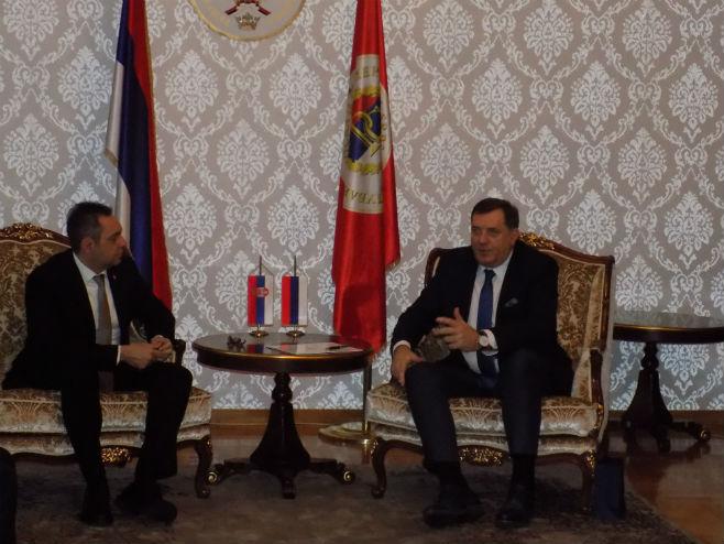 Sastanak Dodik-Vulin (Foto: SRNA)