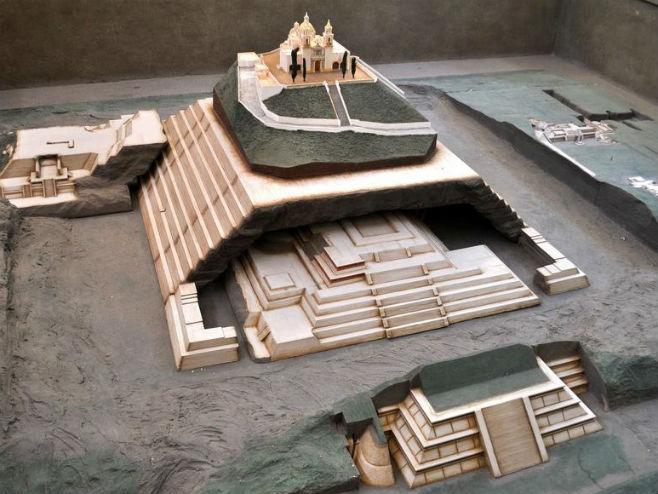 Maketa piramide u Čoluli (Foto: ancient-code.com)