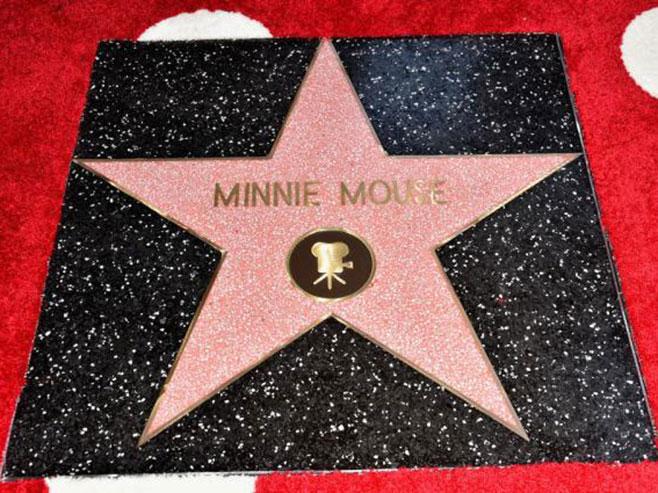 Звијезда Мини Маус на холивудском Булевару славних