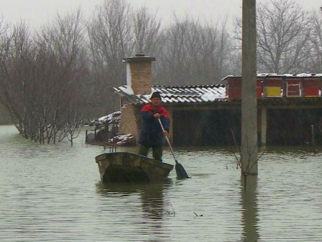 Poplave u Srpcu (Foto: RTRS)