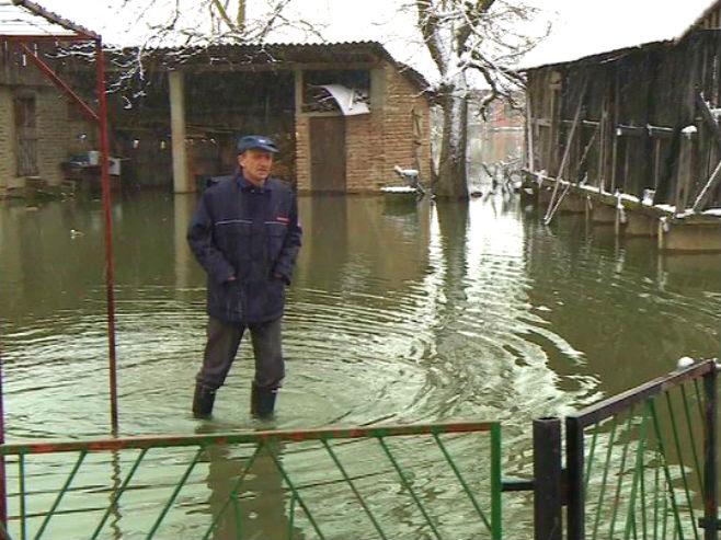 Srbac-poplave (Foto: RTRS)