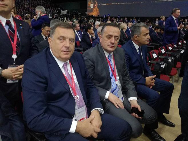 Милорад Додик и Александар Антић (Фото: РТРС)