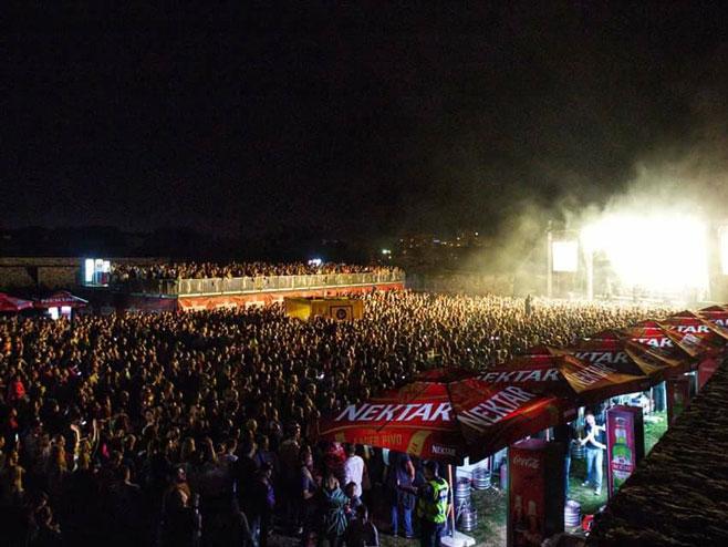 Džiboni priredio spektakl na Kastelu (foto: Vedran Ševčuk)