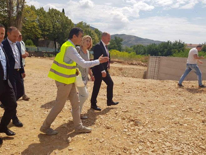 Cvijanovićeva posjetila lokaciju na kojoj se gradi zatvoreni olimpijski bazen