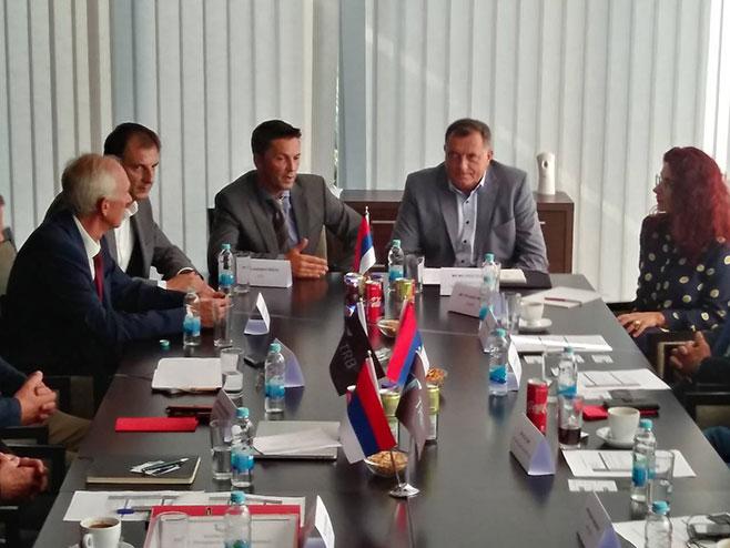 Dodik u Bijenjljini (Foto: RTRS)