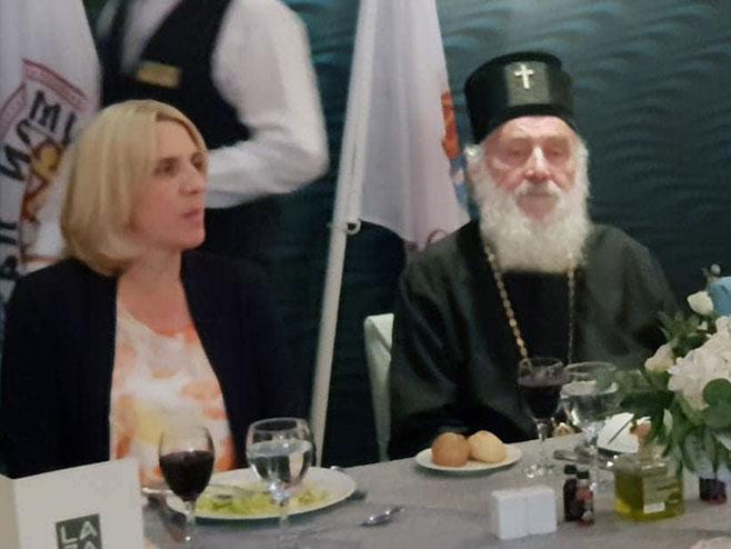 Cvijanovićeva na ručku dobrodošlice sa patrijarsima Irinejom i Vartolomejom (Foto: SRNA)
