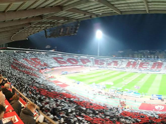 Звезда - Ливерпул (фото: twitter.com/crvenazvezdafk)