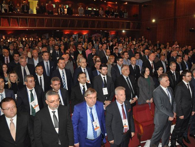 """Други Бизнис форум """"Становништво у функцији привредног развоја"""", Брчко (Фото: СРНА)"""