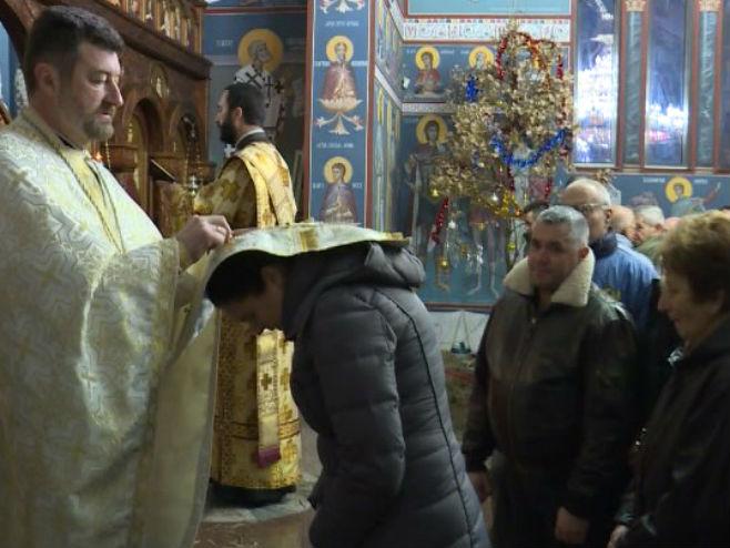 Божићна литургија у Брчком (Фото: РТРС )