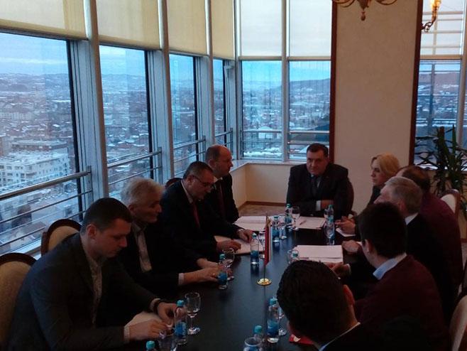 Izvršni komitet SNSD-a (Foto: RTRS)