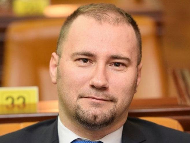 Боран Босанчић (Фото: srpskacafe.com) -
